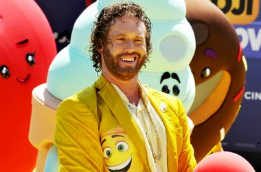 100.3 Jack FM,T.J. Miller,Silicone Valley,Actor,Comedian,Arrested,Fake,Bomb Threat,Police,Amtrak