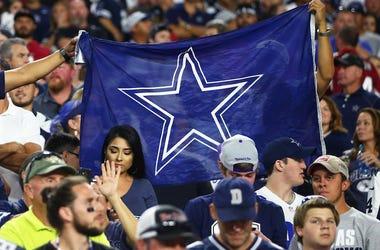 Dallas Cowboys, Fans, Flag, Crowd, Arizona Cardinals, 2017