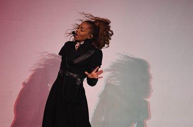 Janet Jackson, Singing, Concert