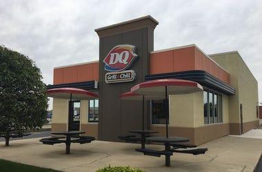 Dairy Queen, Restaurant, Exterior, Cloudy, Overcast, 2018