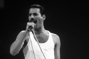Freddie Mercury, Queen, Live Aid, Black and White, 1985