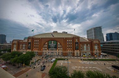 American Airlines Center, Exterior, Dallas Stars, Playoffs, 2019