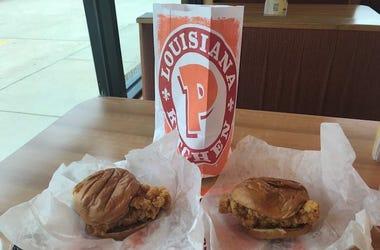 Popeyes, Chicken Sandwich, Two, Regular, Spicy, Table