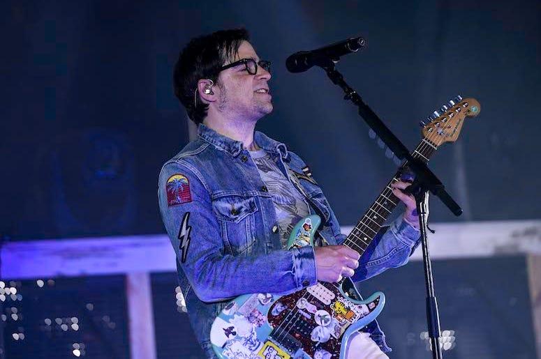 Rivers Cuomo, Weezer, Concert, Guitar, 2016