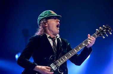 Angus Young, Guitar, AC/DC, Concert