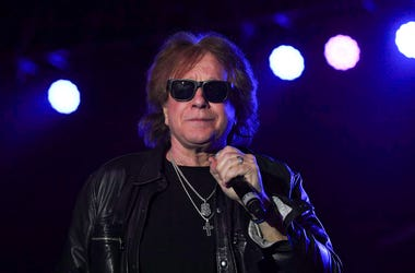 Eddie Money, Concert, Sunglasses, Microphone