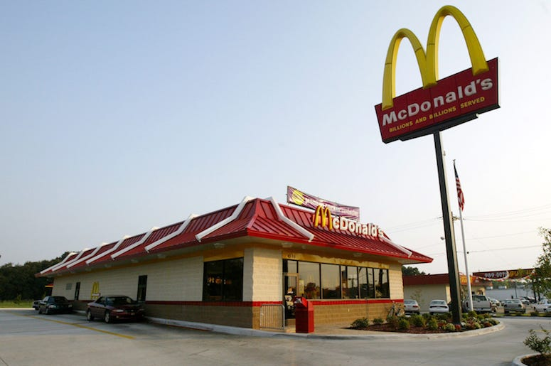 McDonald's, Restaurant, Exterior, Daytime