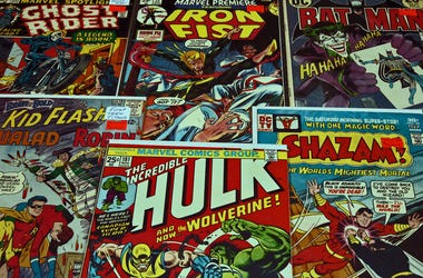 Collection of Marvel/DC comic books
