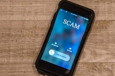 Phone, iPhone, Call, Scam, Telemarketing