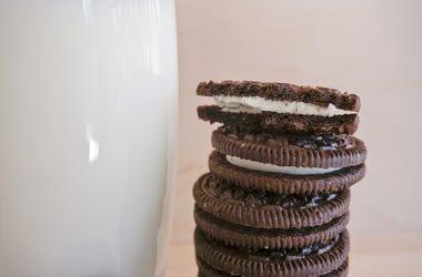 Oreos, Cookie, Glass of Milk