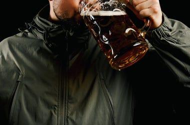 Soldier, Drinking, Beer, Mug