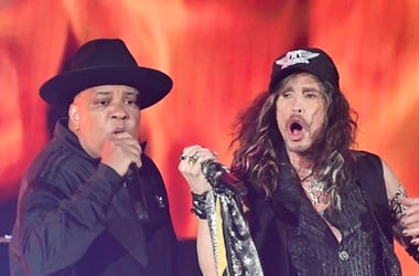 "oseph ""Run\"" Simmons of RUN-DMC perform with Steven Tyler of Aerosmith during the 62nd annual GRAMMY Awards"