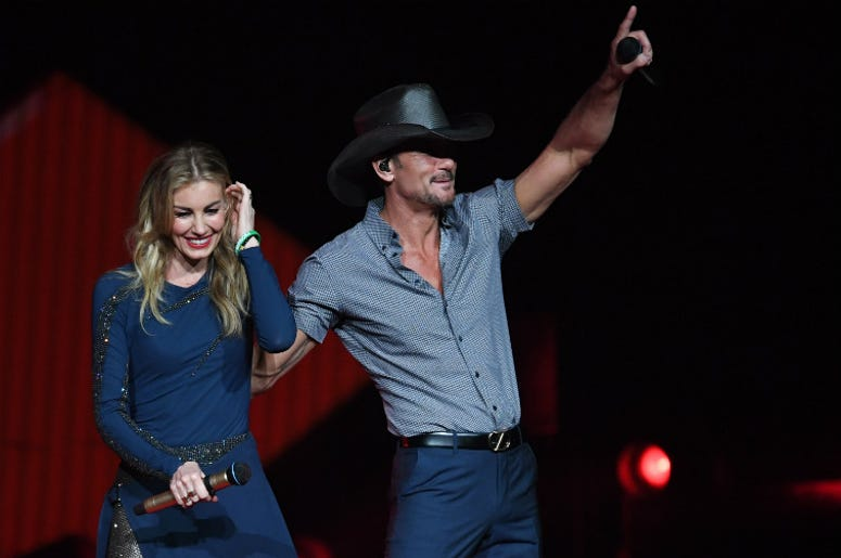 100.3 Jack FM,Tim McGraw,Faith Hill,Collapse,Onstage,Concert,Music,Country,Health,Dehydration