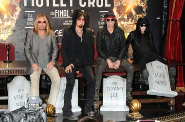 Members of Motley Crue