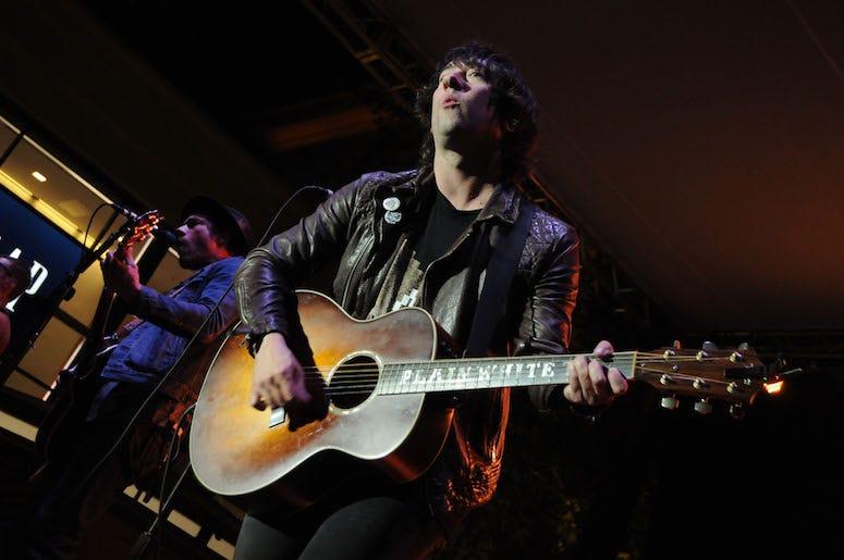 Tom Higgenson, Guitar, Plain White T's, Concert