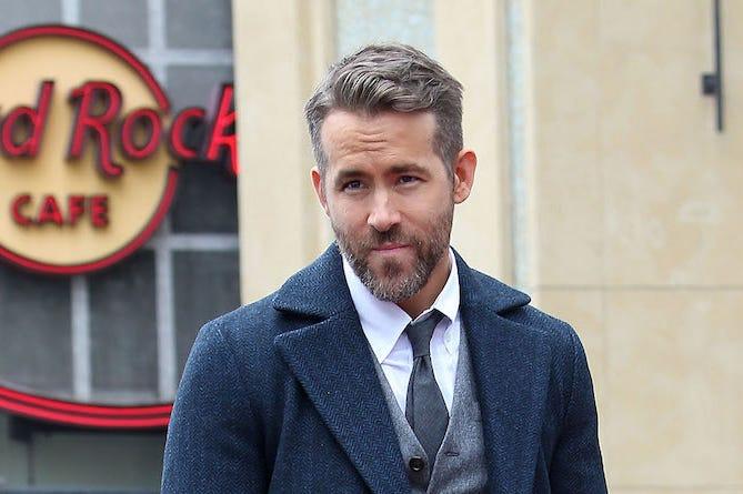 Ryan Reynolds, Smirk, Suit