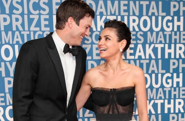 Ashton Kutcher, Mila Kunis, Red Carpet, Smiling, Love, Breakthrough Prize Ceremony, 2017