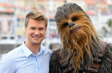 Joonas Suotamo, Chewbacca, Red Carpet, Smile
