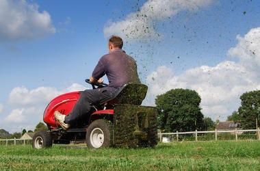 Lawnmower, Cutting Grass, Yard Work, Riding Mower, Grass Sprayings, Yard