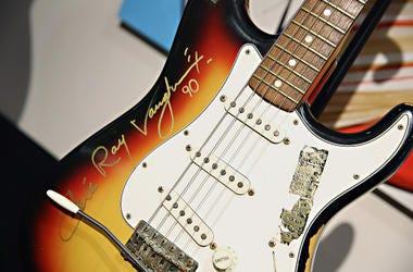 Stevie_Ray_Vaughan_Guitar