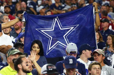 Dallas Cowboys, Fans, Flag, Crowd, Arizona Cardinals, 2017
