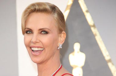 Charlize Theron, Smile, Red Carpet, 88th Academy Awards, Red Dress, 2016
