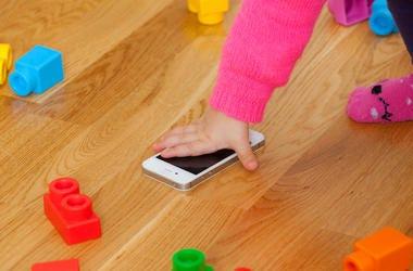 Girl, Toddler, Blocks, Cell Phone