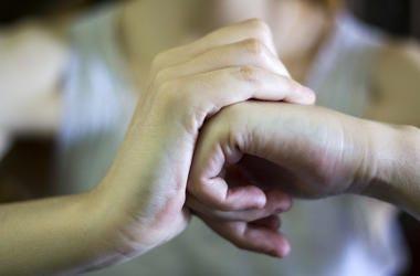 Hands, Knuckles, Cracking