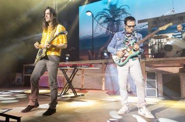 Weezer, Brian Bell, Rivers Cuomo, Concert, Sumemrfest, 2016