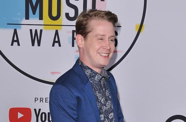 Macaulay Culkin, Red Carpet, Smile, American Music Awards, 2018