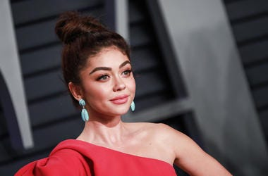 Sarah Hyland, Red Carpet, Vanity Fair Oscar Party, 2019