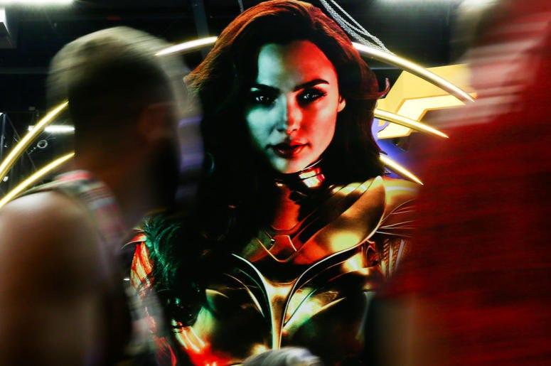Gal Gadot Wonder Woman 1984 poster
