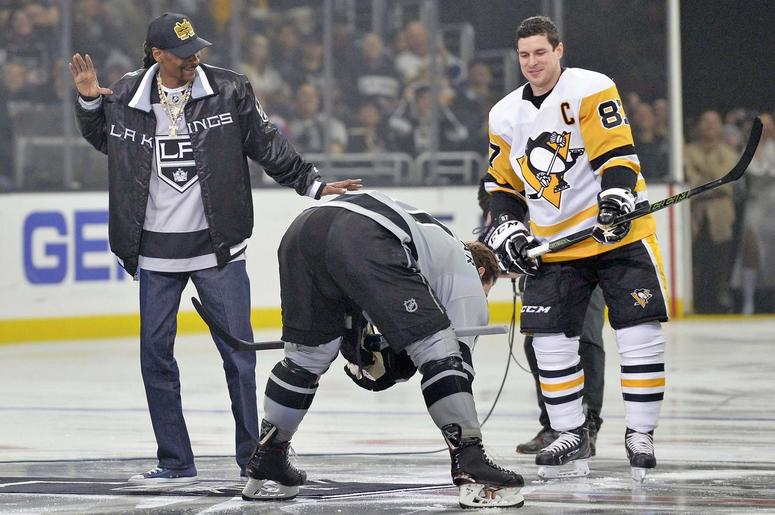 Snoop Dogg Dropping The Puck