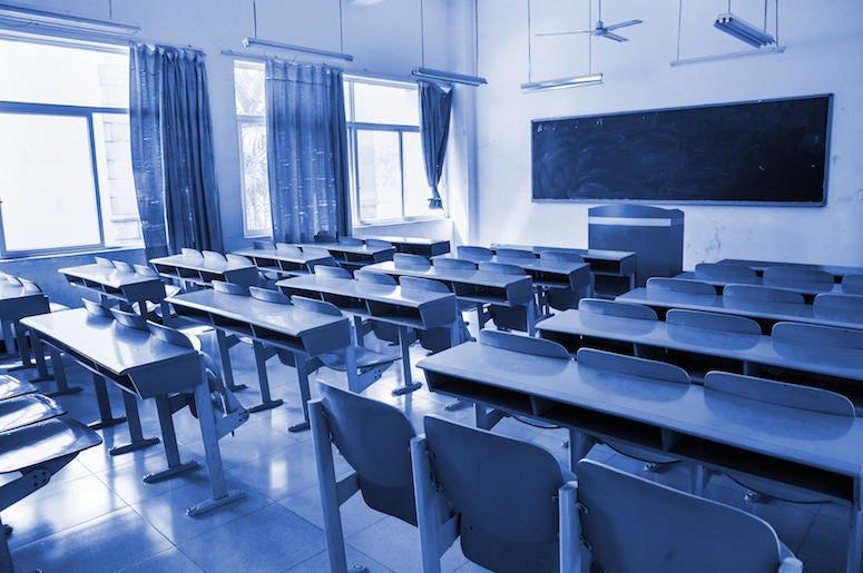 Empty, Classroom, Desk, Chairs, Blue Tones