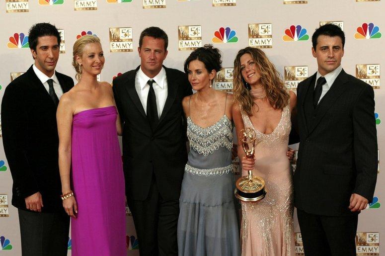 "The cast of ""Friends"" (left to right) David Schwimmer, Lisa Kudrow, Matthew Perry, Courteney Cox Arquette, Jennifer Aniston and Matt LeBlanc"