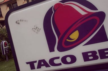 Taco Bell Restaurant Sign