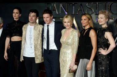 J.K. Rowling with the Cast of Fantastic Beasts