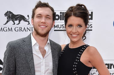 LAS VEGAS, NV - MAY 18: Singer Phillip Phillips (L) and Hannah Blackwell attend the 2014 Billboard Music Awards at the MGM Grand Garden Arena on May 18, 2014 in Las Vegas, Nevada. (Photo by Frazer Harrison/Getty Images)