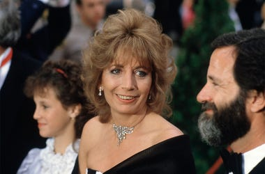 In this April 9, 1984 file photo, actress Penny Marshall arrives for the 56th Annual Academy Awards in Los Angeles. Marshall died of complications from diabetes on Monday, Dec. 17, 2018, at her Hollywood Hills home. She was 75. (AP Photo/Reed Saxon, File)