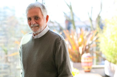 """This undated image released by Alexandra Hedison shows actor David Hedison, who starred in the original sci-fi classic """"The Fly"""" and appeared   in two James Bond films. Hedison died Thursday, July 18, 2019, in Los Angeles. He was 92. (Alexandra Hedison vi"""