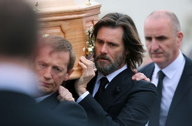 Jim Carrey carries the coffin of ex-girlfriend Cathriona White