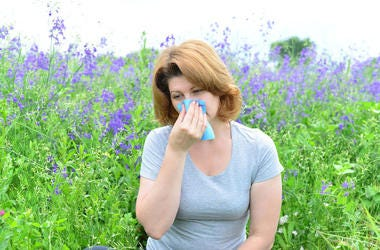 6 tips to manage allergies naturally