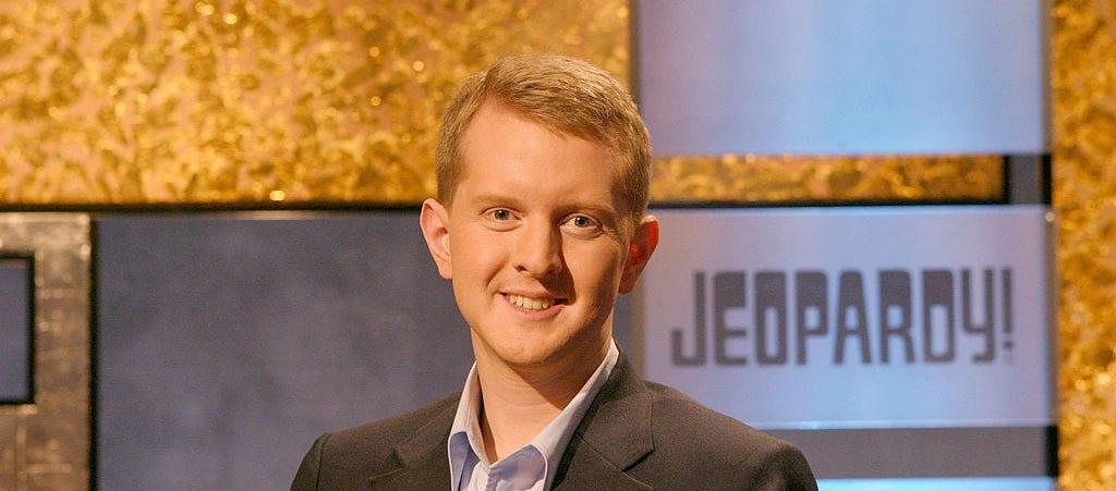 Why 'Jeopardy!' star Ken Jennings kept offensive tweets up ...