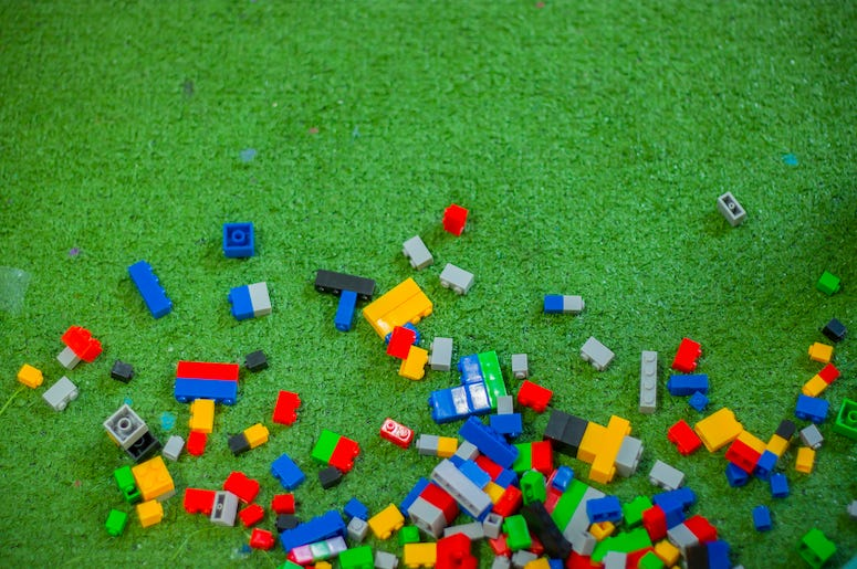 LEGO, Bricks, Green Ground, Messy