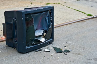 Broken, TV, Television, Screen, Street, Damaged