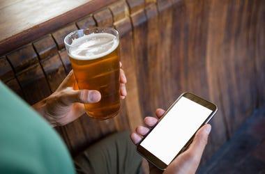 Smartphone, Beer, Glass, Bar