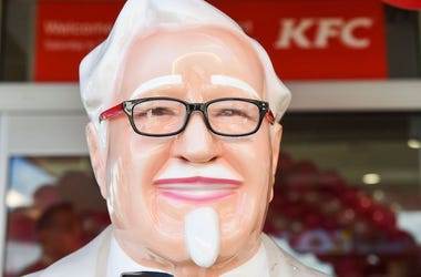 Colonel Sanders, Statue, KFC, Barrigada, 2018