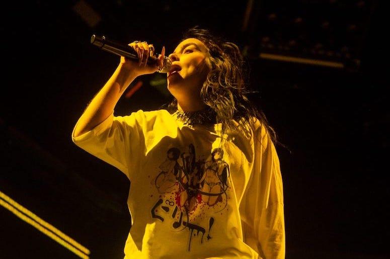 Billie Eilish, Concert, Ascend Amphitheater, Yellow Light, 2019