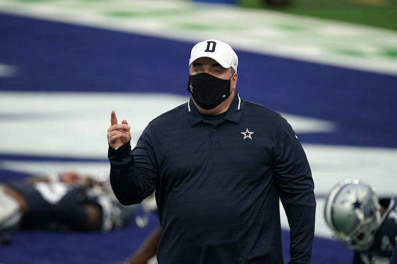 Mike McCarthy, Dallas Cowboys, Stretching, Mask, Face Mask