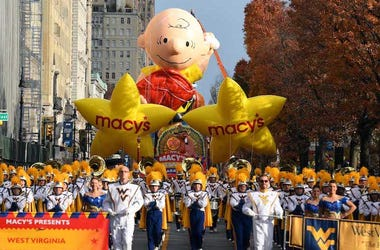 Macy's Thanksgiving Day Parade, Turkey, West Virginia Band, Charlie Brown, 2016